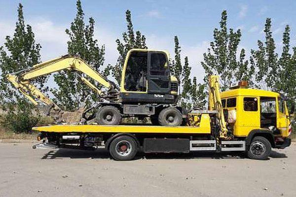 эвакуация грузовика или трактора